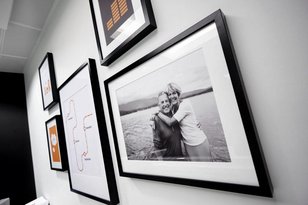 cadres noirs, photos noir et blanc